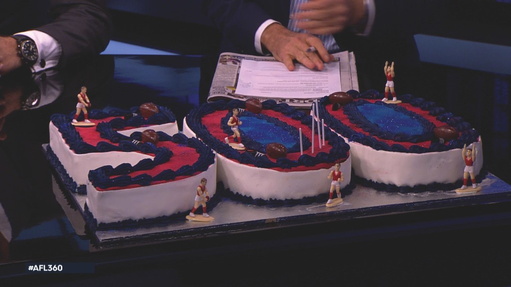 AFL 360 500 cake