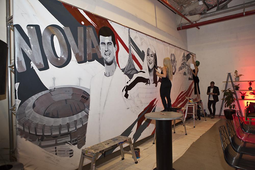 Nova's Chrissie, Sam & Browny mural